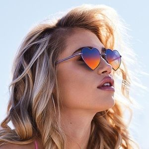 Quay Heartbreaker Sunglasses